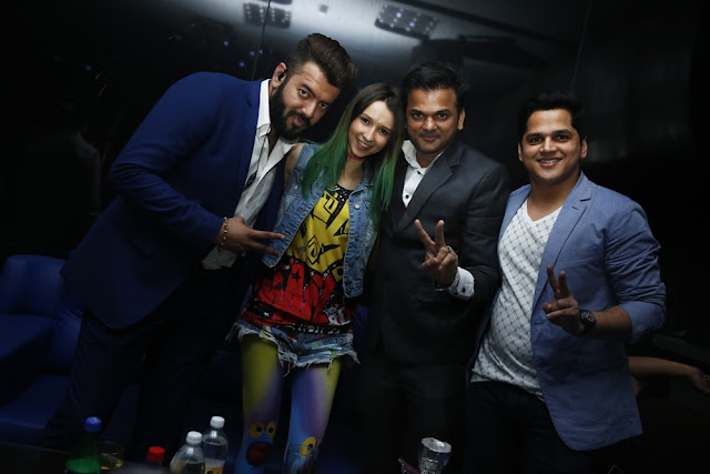1. Nimish Ratnakar ,Dj Miss Monique, Amit Manani and Rahul Rai