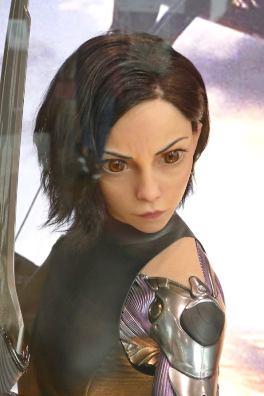 Rosa Salazar eyes Alita Battle Angel