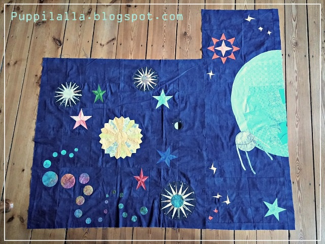Puppilalla, Round Robin Quilt, Rakish Needle Robin, Foundation Paper Piecing, FPP, Applique, Universe Star Quilt