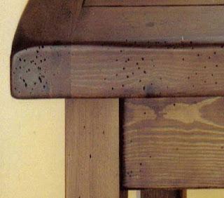 muebles antiguos con carcoma