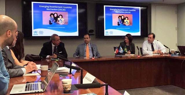 #Refugiados El presidente de Cascos Blancos participó de un seminario en Canadá