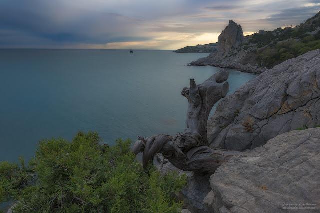Вид со скалы. Симеиз, Крым.