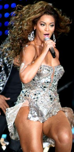 Foto de Beyonce en plena presentación