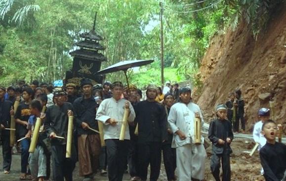 Hukum Sunat, Pernikahan dan Kematian dalam Agama Djawa Soenda (ADS)