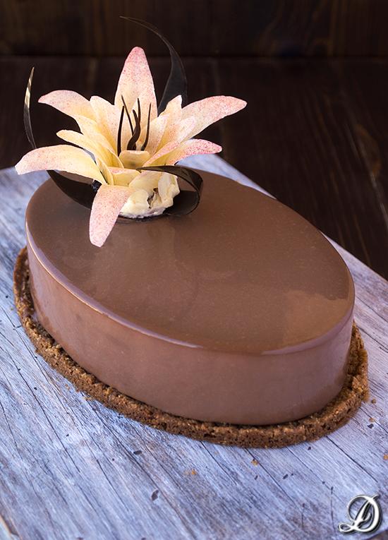 Mousse de Café, Chocolate Blanco y Amaretto