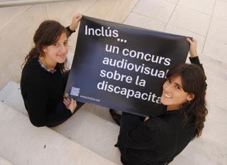 A la izquierda Adriana Pérez y a la derecha Marta de Muga, organizadoras del festival. Foto de Amparo Montejano