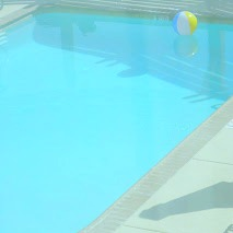 Have you ever wondered why you feel lighter in the pool?  Here's how one mom explained buoyant force to her preschooler.