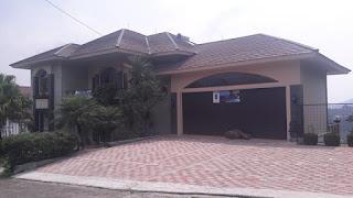 Villa Private Pool Di Lembang Bandung