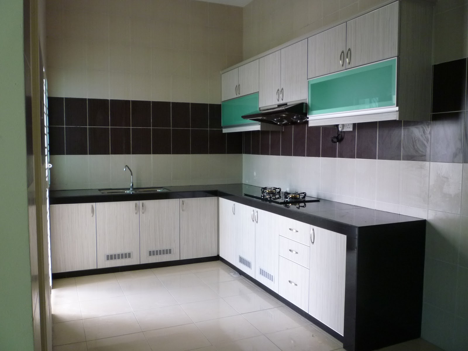 Nova Kitchen & Deco Sdn Bhd: KITCHEN CABINET IN LIGHT ...