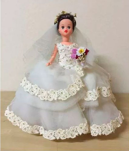 Boneca Susi de noiva, vestido desenhado por Ronaldo Esper