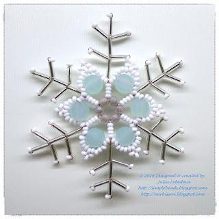 Снежинка из бисера - вариант 5