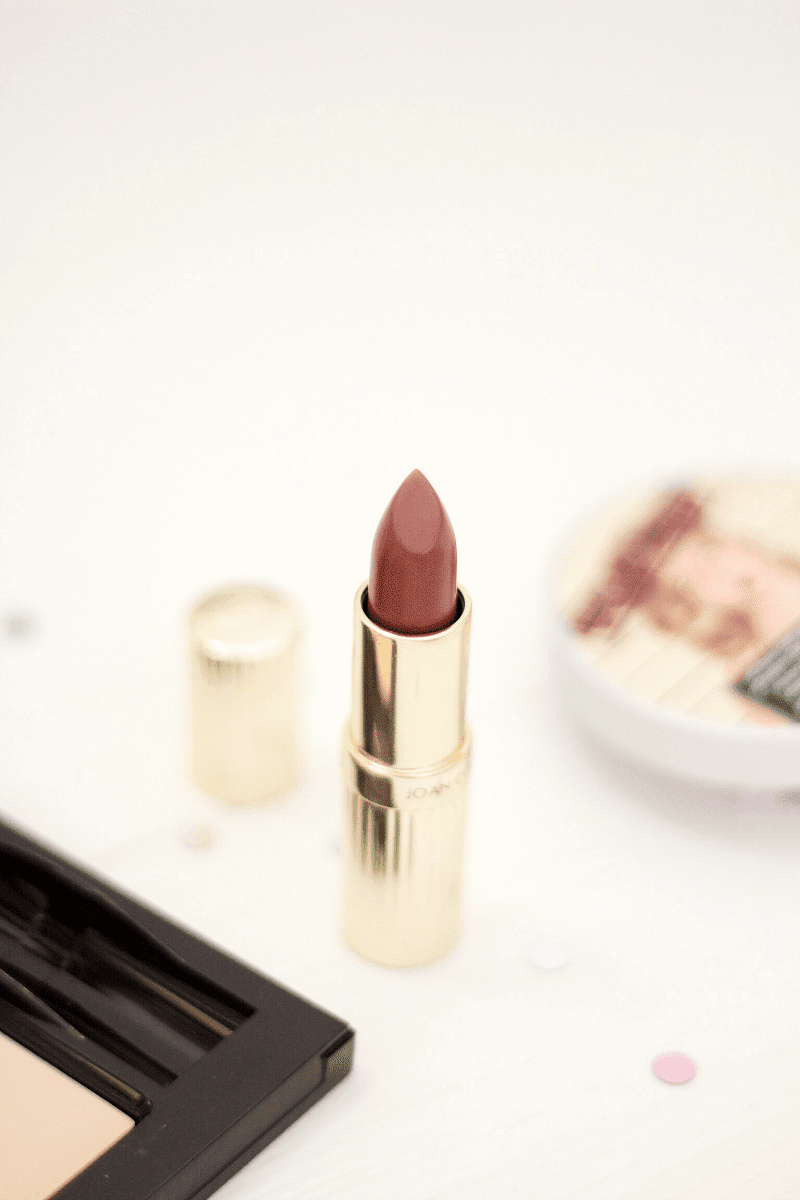 Joan Collins Katrina lipstick review