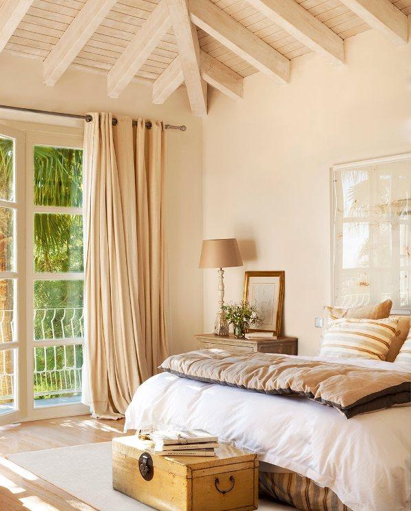 Casa de lujo ubicada en Cádiz que combina elementos típicos andaluces con detalles antiguos. chicanddeco
