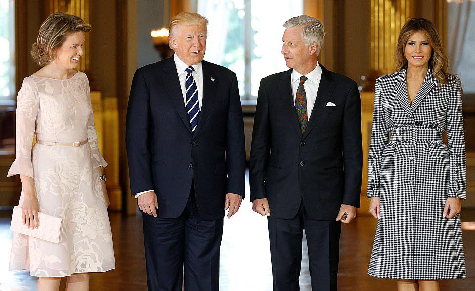 [JIIIR] [30-09-2018] Visita del Gran Duque a Estados Unidos 40BF9B8900000578-4538092-image-a-92_1495640543396