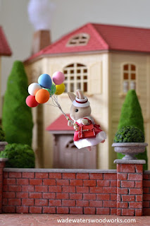 wadewaterswoodworks.com Sylvanian Families Balloon delivery girl