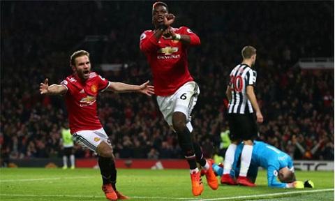 Pogba ghi bàn trong trận trở lại.