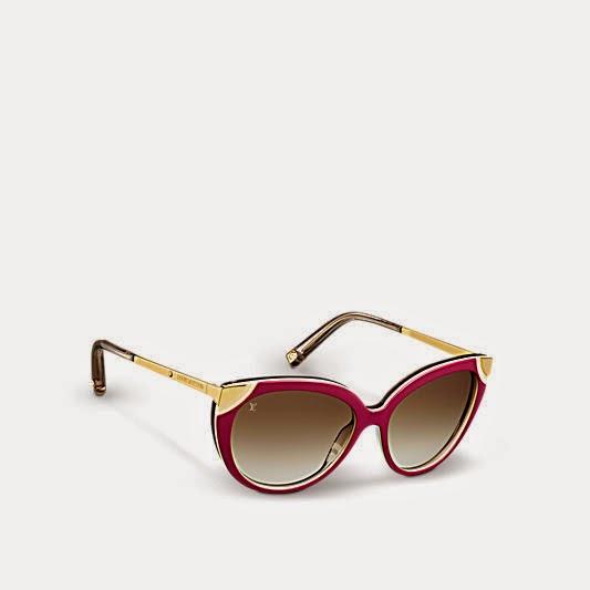 Synonymes de style, les lunettes de soleil Amber sont ornées de plusieurs  détails raffinés, tels que des fleurs de Monogram sur les manchons qui en  font un ... 1df07397f751