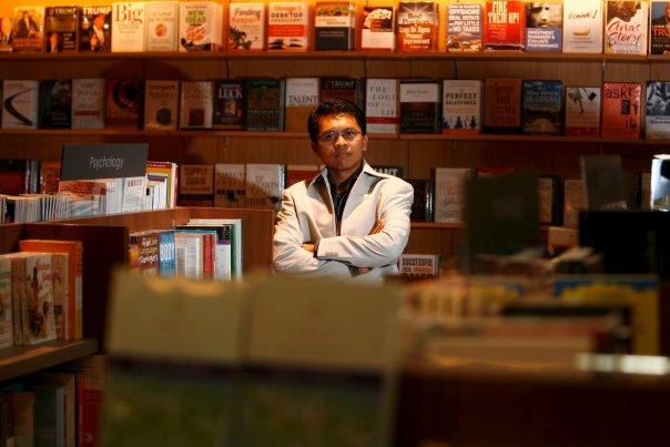 Tamparan Keras Buat Politisi PDIP, Lebih Senior Tapi Gak Ada Karya Seperti Ustadz Abdul Somad