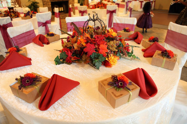 Ideas For Fall Wedding Centerpieces: Vecoma At The Yellow River: Fall Wedding Decorations
