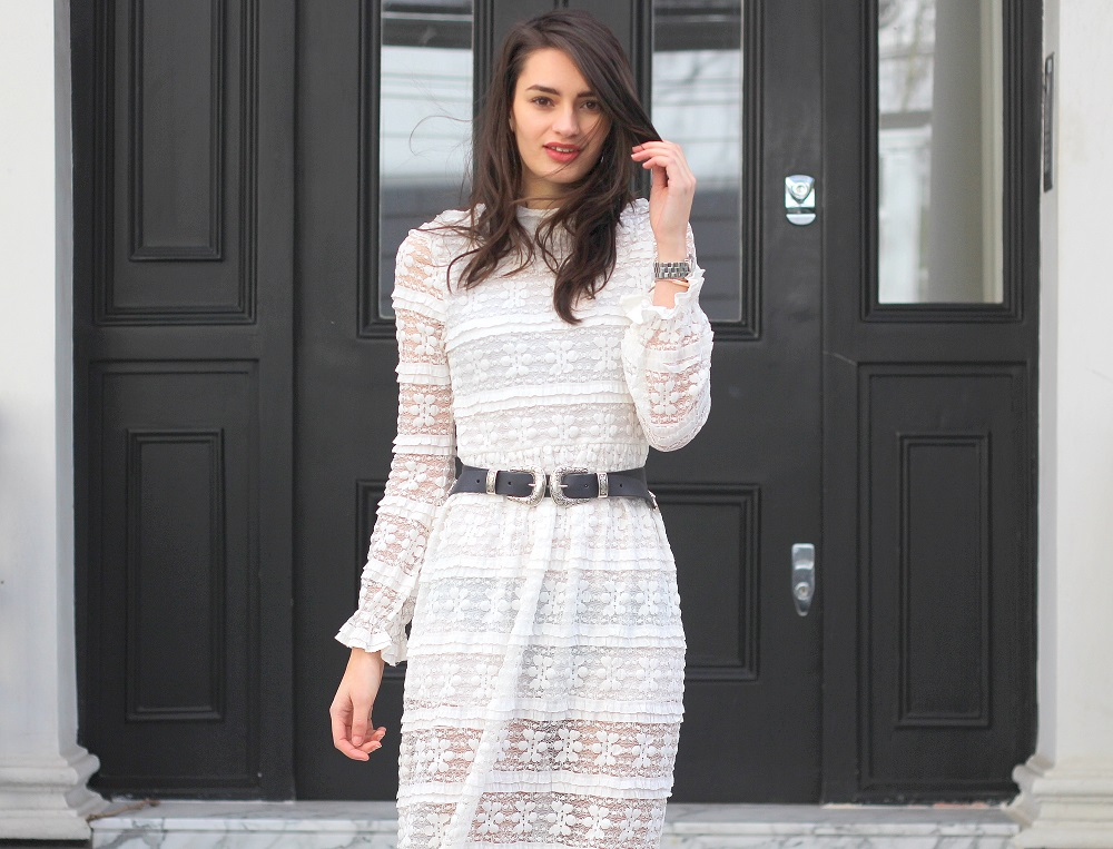 peexo fashion blogger lace midi dress