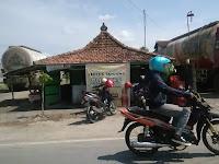 Mencari Tokoh Penting Penjual Lentog Tanjung