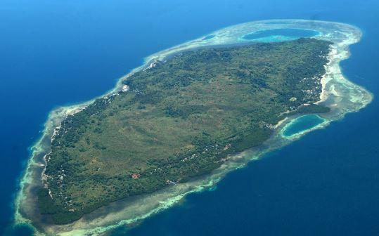 Tampak dari udara pulau karampuang