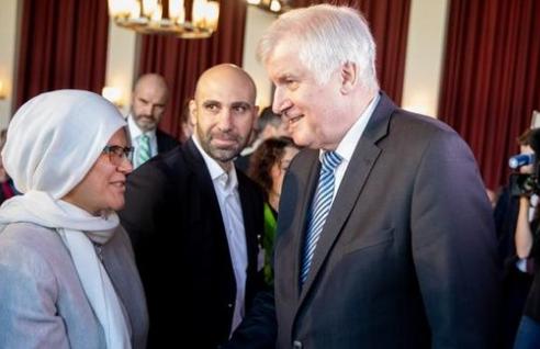 وزير الخارجية الألماني: المسلمون جزء من ألمانيا