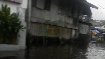 Banjir Melanda Kecamatan Padang Barat, Lubeg , Padang Selatan , Koto Tangah Dan Nanggalo