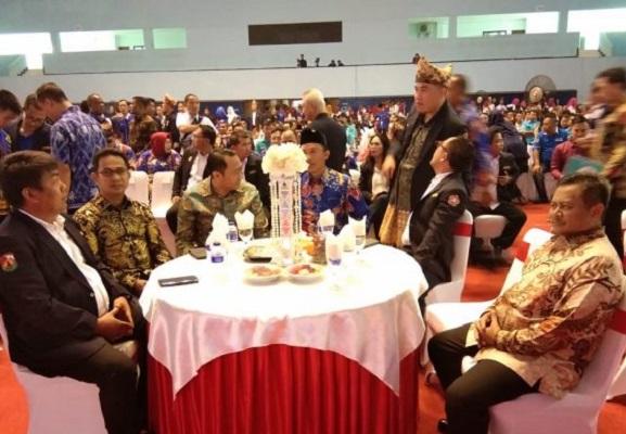 Plt. Bupati Indramayu Raih Penghargaan Pembina Umum Karang Taruna Terbaik
