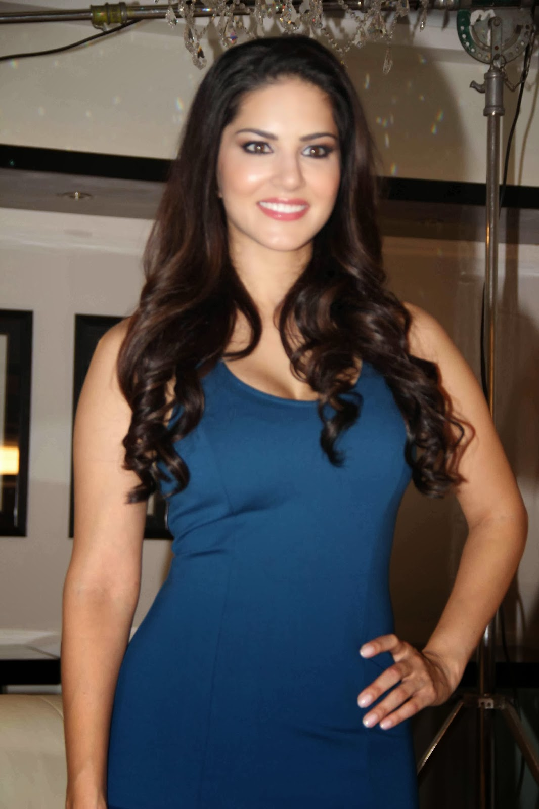 High Quality Bollywood Celebrity Pictures Sunny Leone -2294