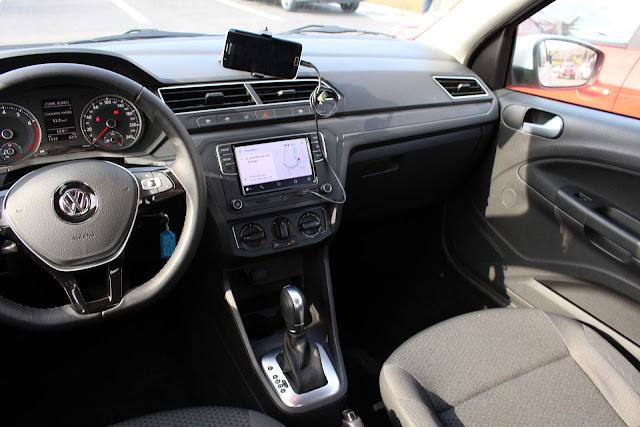 VW Voyage 2019 Automático - sistema de informação e entretenimento