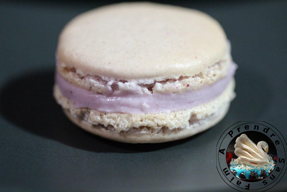 Macarons mûres violette (pas à pas en photos)