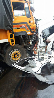 More Pictures of the Commercial Bus and Big Truck Accident That Occurred Along Umuahia-Okigwe Express Way