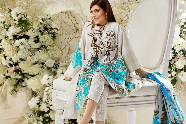 8a6ee95c97 Lawn sensation is on peak and Sana Safinaz Lawn 2017 is about to launch to  become part of this thrill. Excellence is an attitude of Sana Safinaz, ...