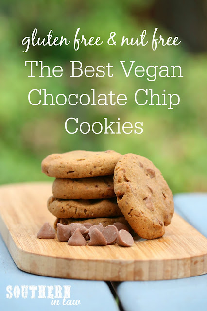 The Best Vegan Chocolate Chip Cookies Recipe – low fat, gluten free, vegan, refined sugar free, dairy free, egg free, nut free,  clean eating dessert recipe