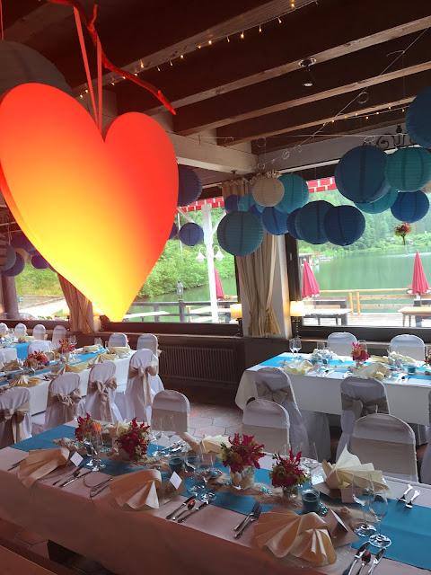 Hochzeitsbeleuchtung, Raumbeleuchtung, DJ CHris, exotisch heiraten, Malediven Karbiik-Hochzeit im Seehaus, Riessersee Hotel Garmisch-Partenkirchen Bayern, Hochzeitsplanerin Uschi Glas