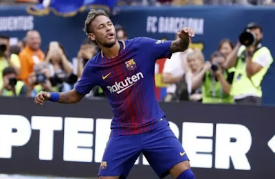 Neymar-Bawa-Barcelona-Kalahkan-Juventus