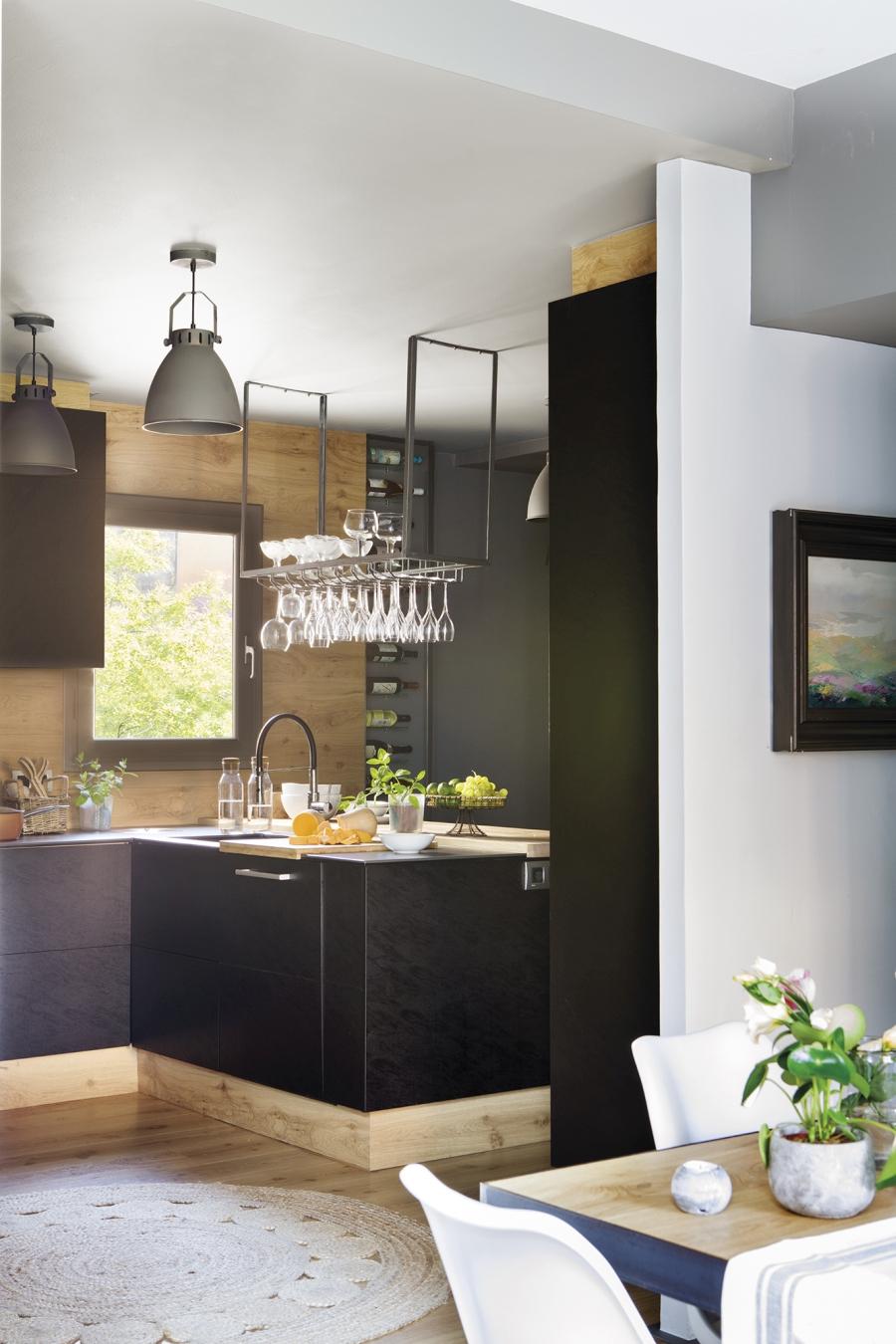 Mieszkanie w skandynawsko - industrialnym stylu, wystrój wnętrz, wnętrza, urządzanie domu, dekoracje wnętrz, aranżacja wnętrz, inspiracje wnętrz,interior design , dom i wnętrze, aranżacja mieszkania, modne wnętrza, styl skandynawski, styl industrialny, kuchnia, czarna kuchnia, industrialna kuchnia, projekt kuchni