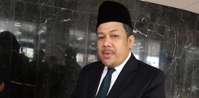 Fahri Hamzah Ingatkan Penyebar Hoax Terbaik Tetap Pemerintah