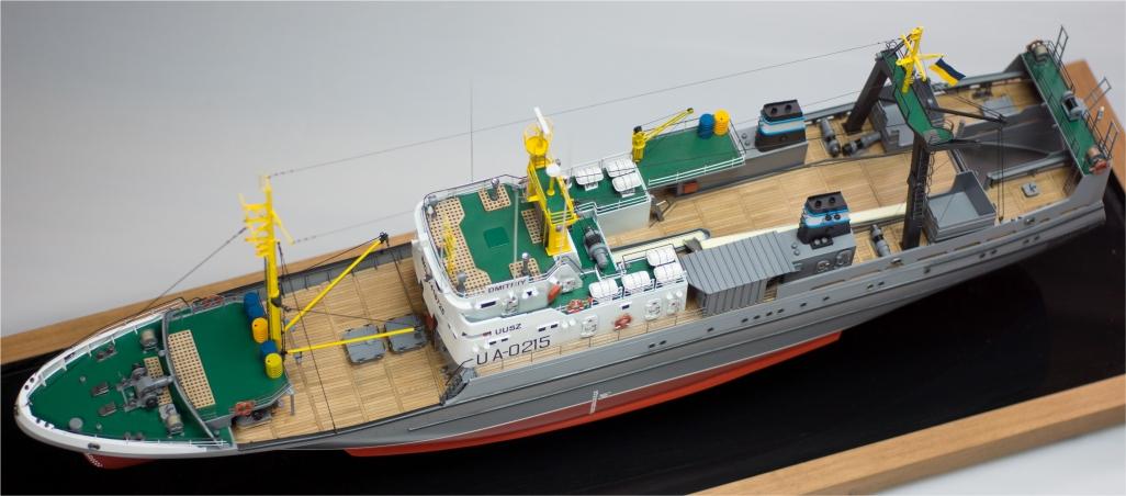До Одеси транспортують майбутній розвідник ВМСУ