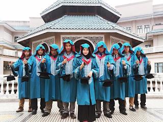 (AMAZING!!) 20 GAMBAR Gaya 'RARE' Pelajar UIAM Ambil Gambar Konvo...Yang Last Tu Tahan...