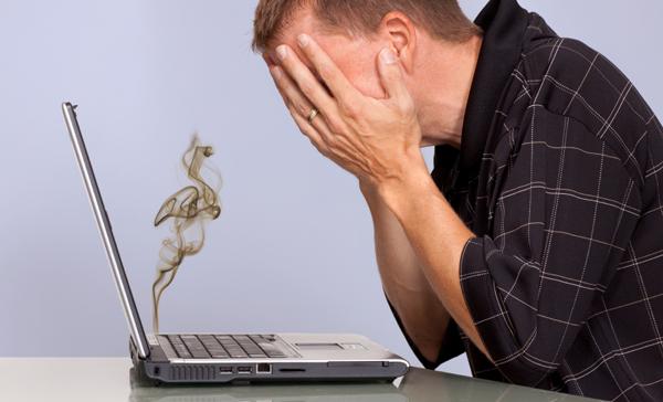 5 أعداء خطيرة لحاسوبك المحمول ، عليك الحذر منها