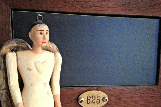 Pedestal Chalkboard