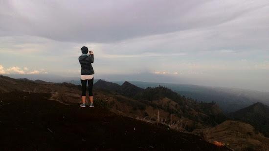 Rinjani Trekking Senaru Crater Rim