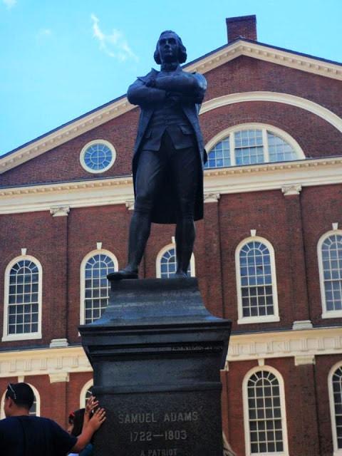 Samuel Adams statue | gurlayas.blogspot.com