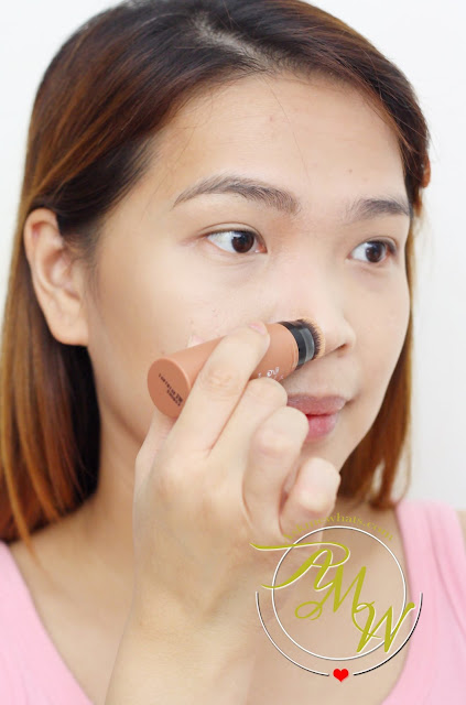 a photo of how to use missha soft blending stick blusher in mud brown