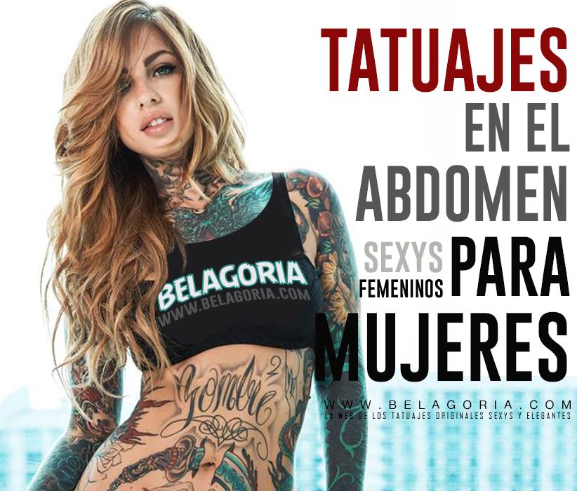 Vemos a una mujer tatuada, lleva tatuajes en el abdomen con la palabra Gombie