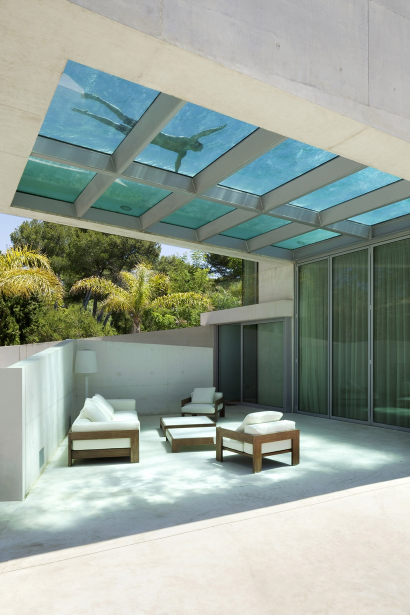 Terrace of the House with swimming pool by Wiel Arets Architects (WAA)