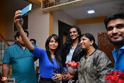 Pv Sindhu Watching Movie EPC-thumbnail-12
