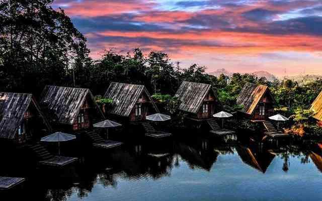 dusun bambu lembang bandung harga penginapan di dusun bambu